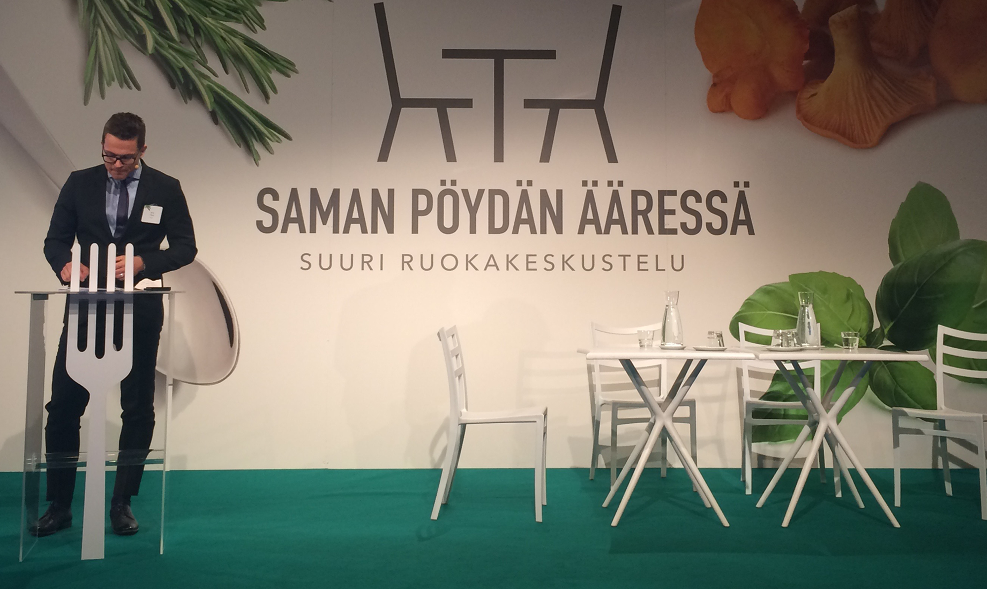 Referenssi_Saman_pöydän_ääressä_seminaari.png